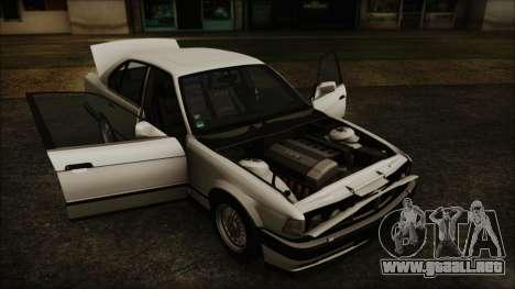 BMW 7-er E32 Stock para la visión correcta GTA San Andreas