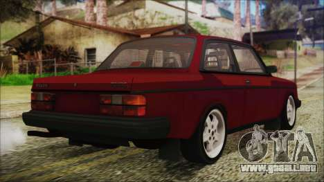 Volvo Turbo 242 Evolution Turbo 1983 para GTA San Andreas left