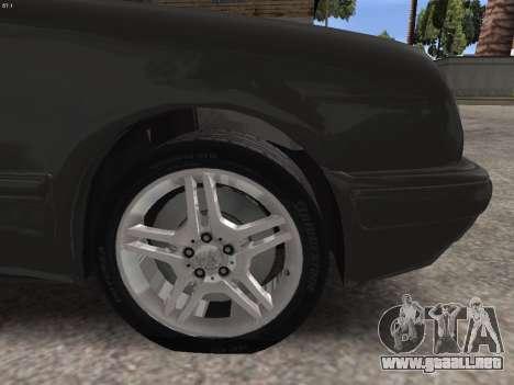Mercedes-Benz E420 para la vista superior GTA San Andreas
