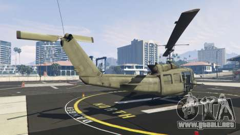 GTA 5 Bell UH-1D Iroquois Huey tercera captura de pantalla