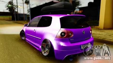 Volkswagen Golf Mk5 Stanced para GTA San Andreas left
