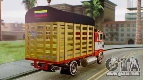 Ford 9000 Con Estacas Stylo Colombia para GTA San Andreas left