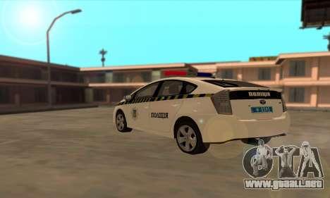 Toyota Prius De La Policía De Ucrania para GTA San Andreas vista posterior izquierda