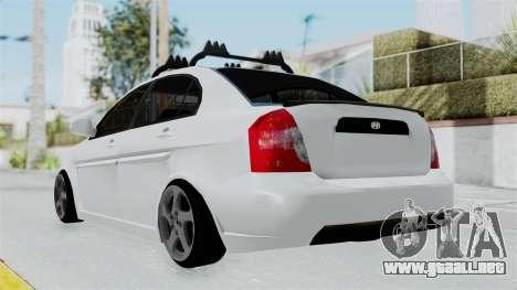 Hyundai Accent Essential Garage para GTA San Andreas left