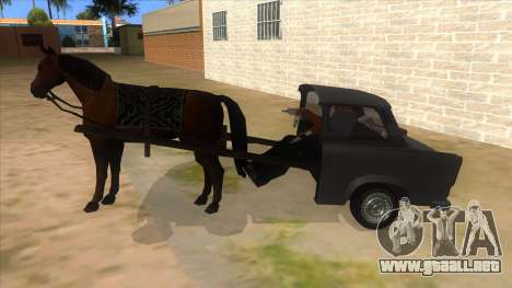 Trabant with Horse para GTA San Andreas left