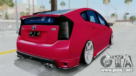 Toyota Prius 2011 Elegant Modification para GTA San Andreas left