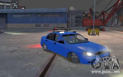 Daewoo Lanos Taxi para GTA 4 vista interior