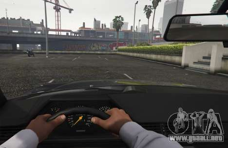 GTA 5 Mercedes-Benz E500 vista trasera