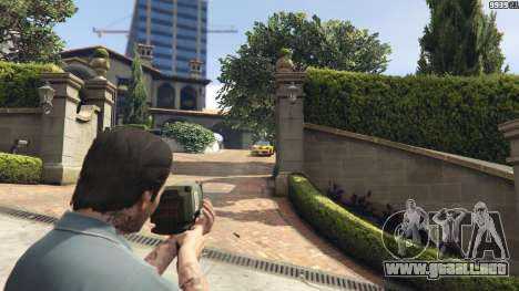 GTA 5 Weapon Variety 0.9 tercera captura de pantalla