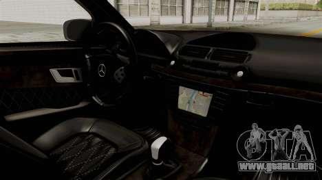 Mercedes-Benz E320 para visión interna GTA San Andreas