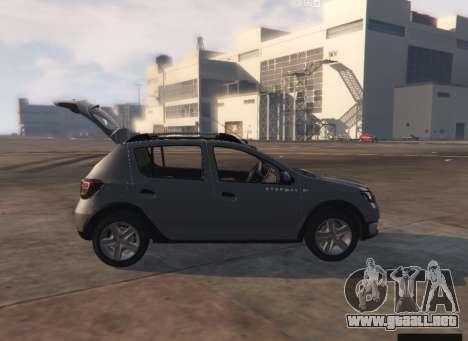 GTA 5 Dacia Sandero Stepway 2014 vista trasera