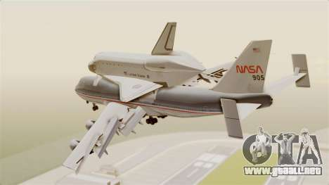 Boeing 747-123 Space Shuttle Carrier para GTA San Andreas left