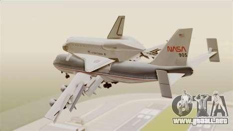 Boeing 747-123 Space Shuttle Carrier para GTA San Andreas left