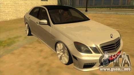 Mercedes Benz E250 Autoridad De La Herramienta para GTA San Andreas vista hacia atrás