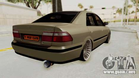 Mazda 626 Air para GTA San Andreas left