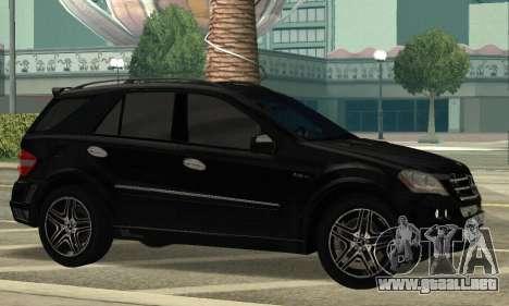 Mercedes-Benz ML 63 AMG para GTA San Andreas left