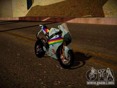 Yamaha YZR M1 2016 Rainbow Dash para GTA San Andreas vista posterior izquierda