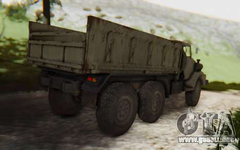 MGSV Phantom Pain Zi-GRA 6T Truck para GTA San Andreas vista posterior izquierda