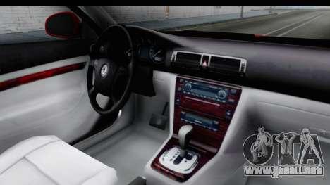 Skoda Superb Taxi De Color Rojo para visión interna GTA San Andreas