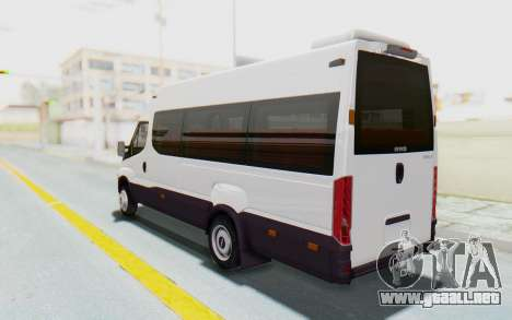 Iveco Daily Minibus 2015 para GTA San Andreas left