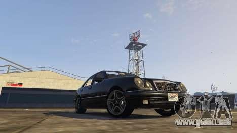 GTA 5 Mercedes-Benz W210 v1.0 vista lateral izquierda