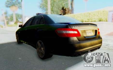 Mercedes-Benz E63 German Police Blue-Yellow para la visión correcta GTA San Andreas