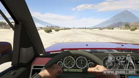 GTA 5 Land Rover Discovery 4 vista trasera