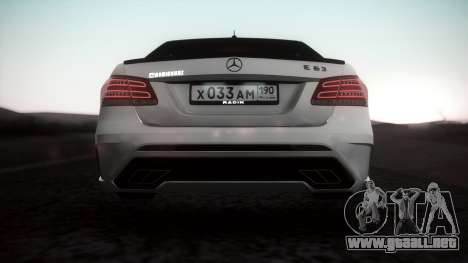 Mercedes-Benz E63 GSC para GTA San Andreas vista posterior izquierda