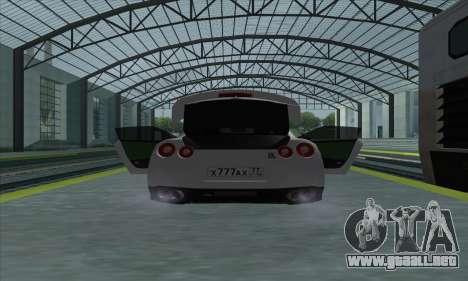 Nissan GT-R R35 Green Screen para la visión correcta GTA San Andreas