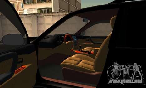Toyota Land Cruiser 100 para GTA San Andreas vista hacia atrás