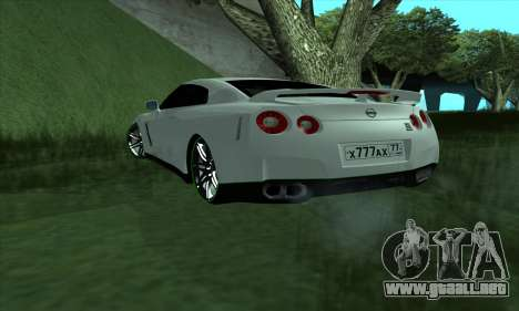 Nissan GT-R R35 Green Screen para GTA San Andreas left