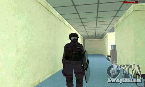 La piel de SWAT GTA 5 (PS3) para GTA San Andreas sexta pantalla
