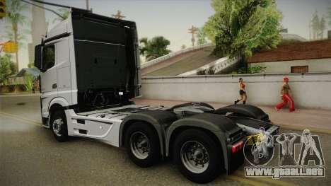 Mercedes-Benz Actros Mp4 6x4 v2.0 Steamspace v2 para GTA San Andreas left