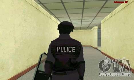 La piel de SWAT GTA 5 para GTA San Andreas sexta pantalla