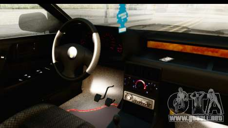Rover 220 Gold Edition para visión interna GTA San Andreas