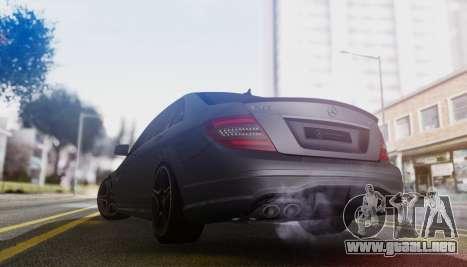Mercedes-Benz C63 AMG w204 para la visión correcta GTA San Andreas