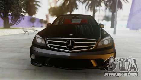 Mercedes-Benz C63 AMG w204 para GTA San Andreas left