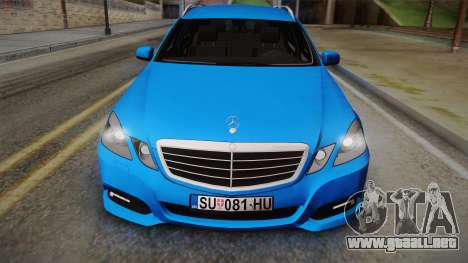Mercedes-Benz W212 E-class para GTA San Andreas vista posterior izquierda