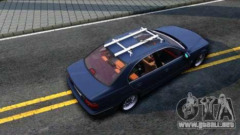 BMW e39 530d para GTA San Andreas vista hacia atrás