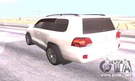 Toyota Land Cruiser 200 para GTA San Andreas vista posterior izquierda