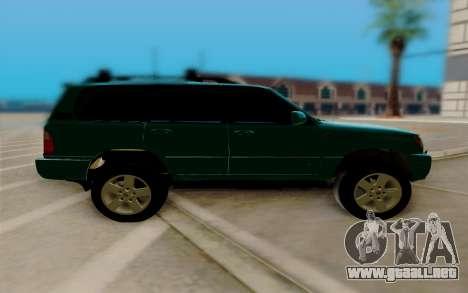 Lexus LX470 FBI para GTA San Andreas left