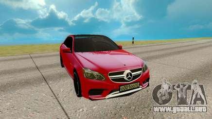 Mercedes-Benz E Class E63 para GTA San Andreas