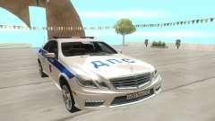 Mercedes-Benz C63 AMG белый para GTA San Andreas
